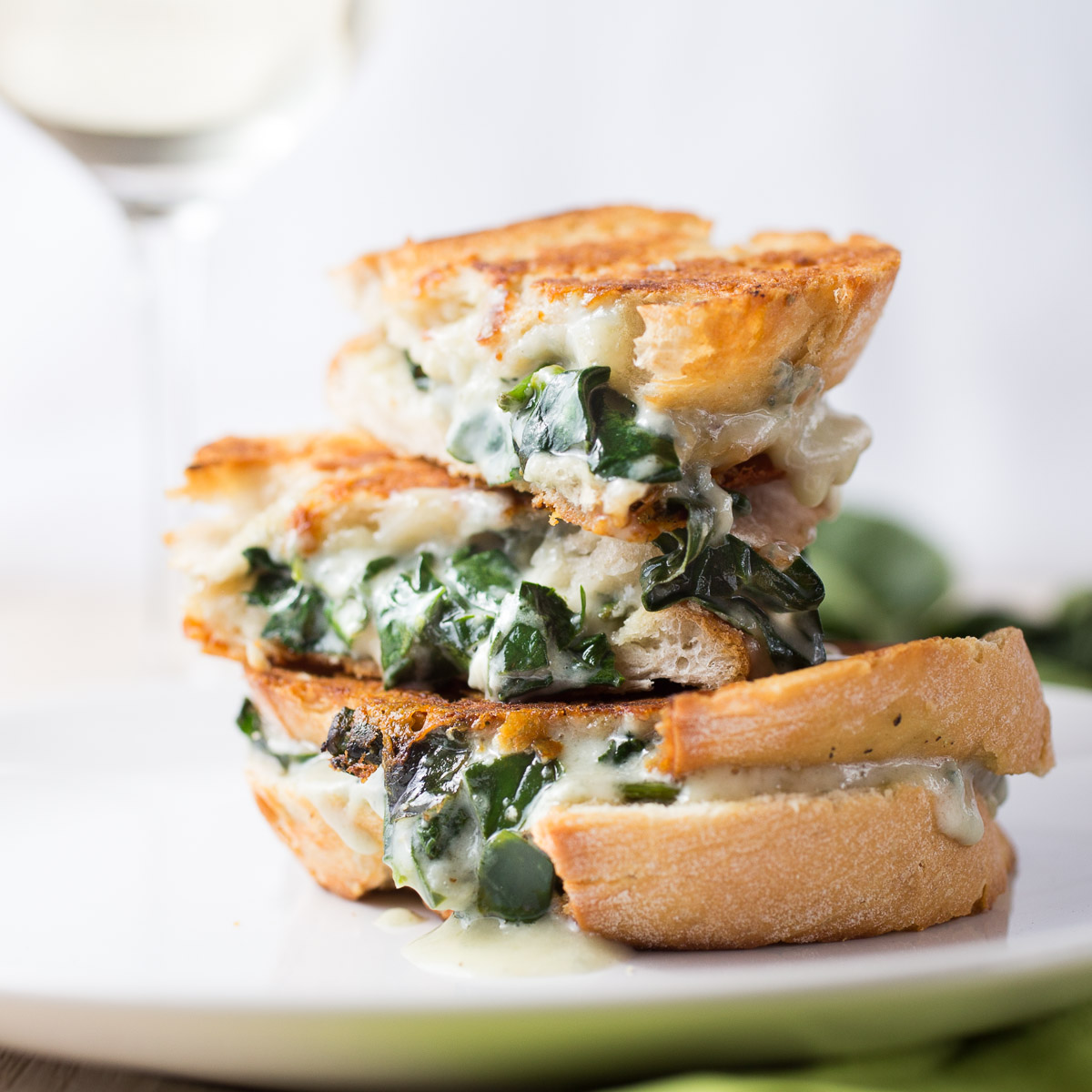 Gorgonzola and spinach grilled cheese sandwich