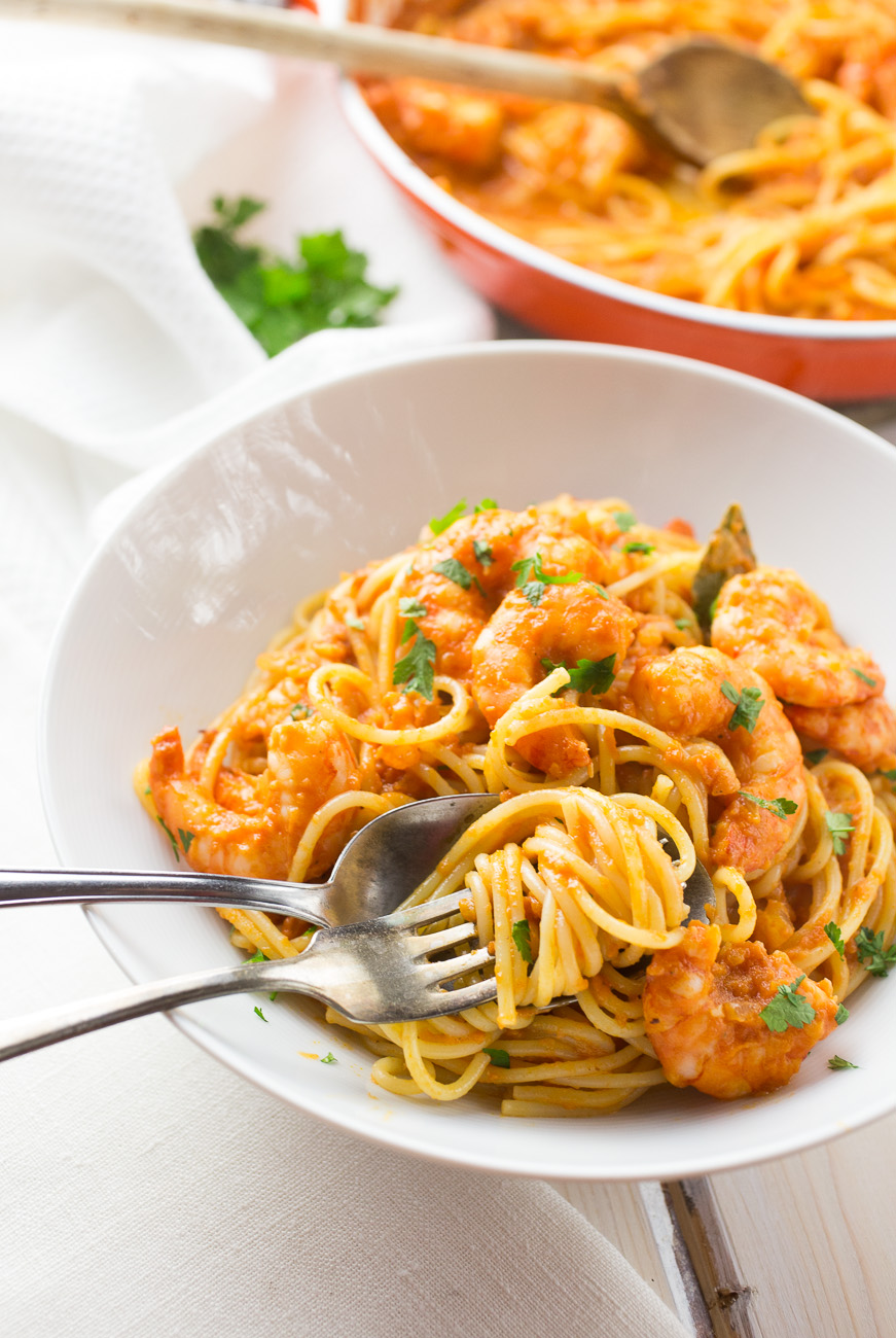 Spicy tomato and shrimp pasta { thegirllovestoeat.com }